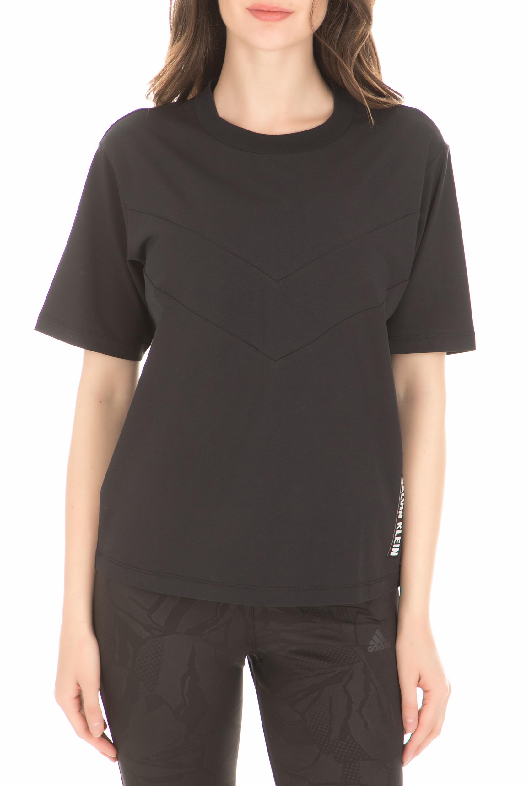 CK PERFORMANCE - Γυναικεία κοντομάνικη μπλούζα CK PERFORMANCE μαύρη