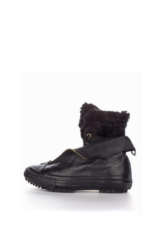 CONVERSE – Γυναικεία μποτάκια με γούνα Converse Chuck Taylor All Star Hi-Rise μαύρα