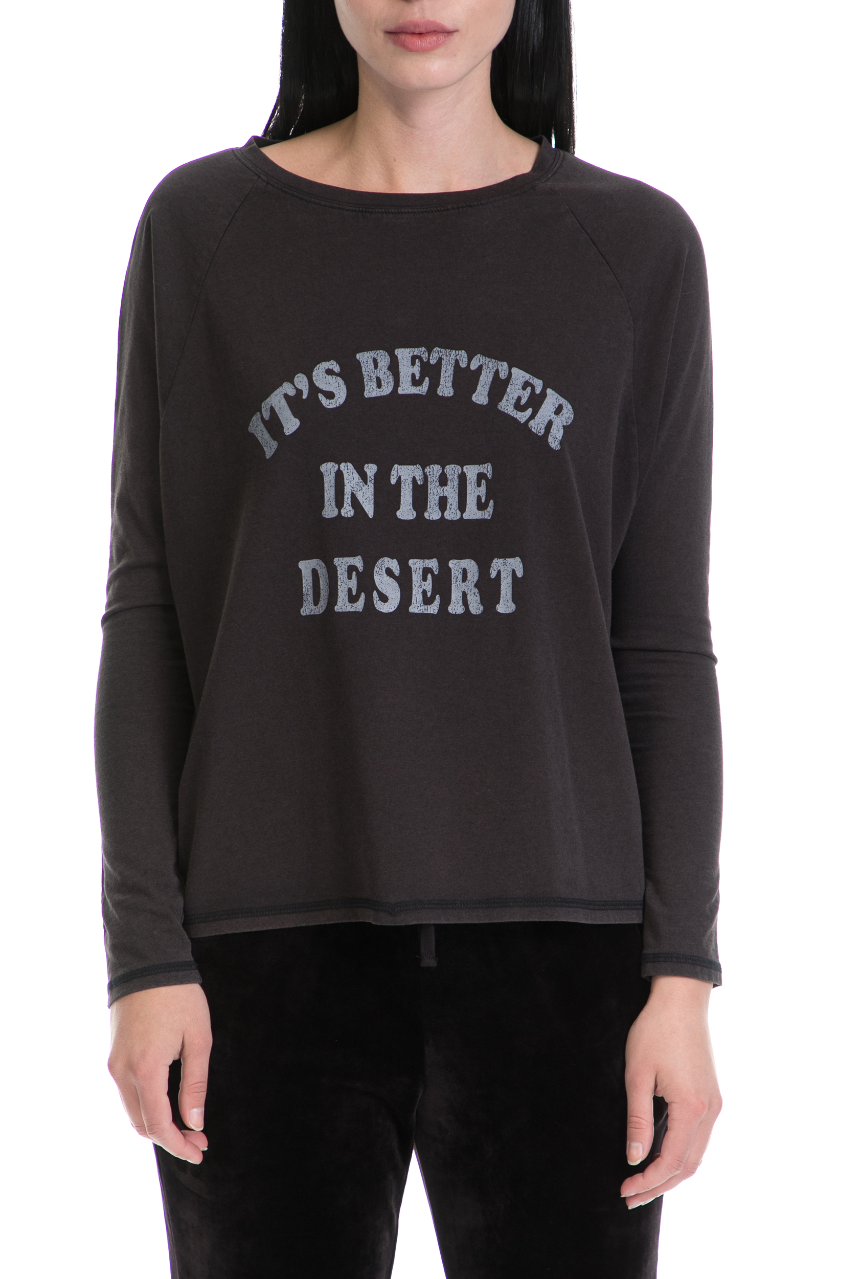 JUICY COUTURE - Γυναικεία Μπλούζα BETTER IN THE DESERT GRAPH JUICY COUTURE Γκρι
