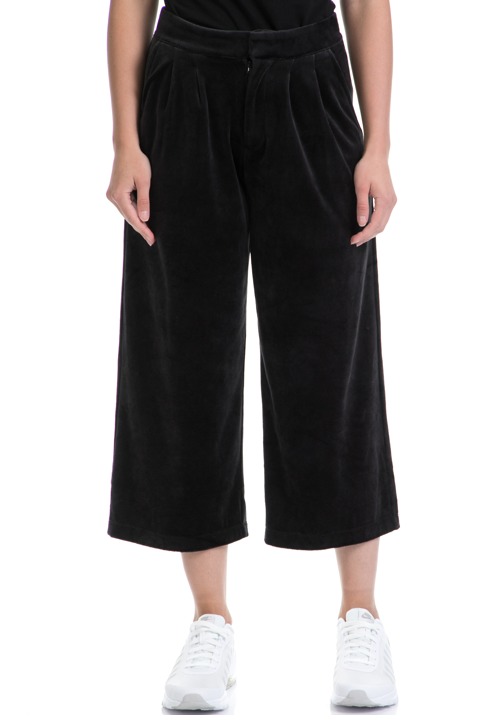 db4010dfe190 CollectiveOnline JUICY COUTURE - Γυναικείο παντελόνι φορμα VELOUR CROPPED  JUICY COUTURE μαύρο