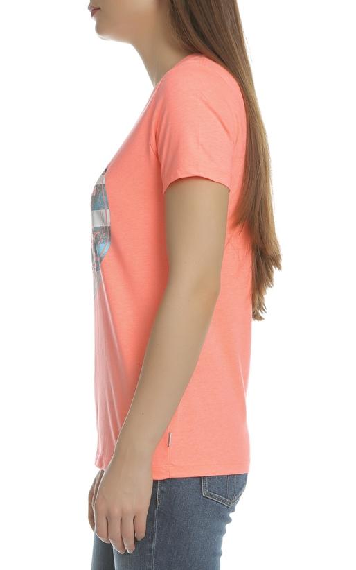 CONVERSE-Γυναικείο T-shirt Photo Fill Chuck Patch Crew CONVERSE πορτοκαλί