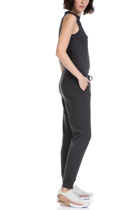 JUICY COUTURE-Γυναικεία ολόσωμη φόρμα DISTRESSED KNIT JUMPSUIT JUICY COUTURE γκρι