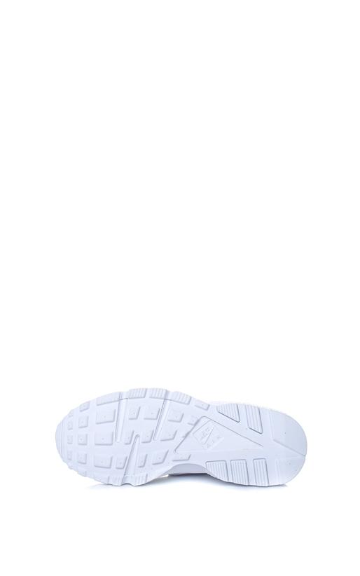 NIKE-Γυναικεία αθλητικά παπούτσια ΝΙΚΕ AIR HUARACHE RUN λευκά