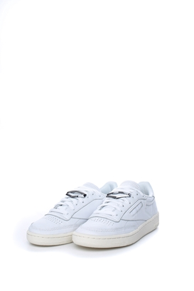 Reebok Classics-Γυναικεία παπούτσια προπόνησης Reebook Classics CLUB C 85  HRDWARE λευκά. OFFER c1c788ebf6b